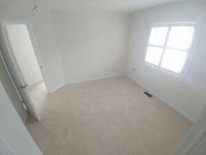 MAY 1ST - BRAMPTON High-End Prestigious and Clean ROOM