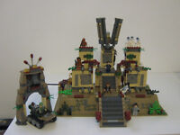 Lego - Indiana Jones - 7627 - Temple of the Crystal Skull