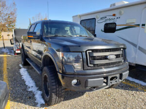 2013 Ford F-150 Lariat, FX4,  LOW KMS