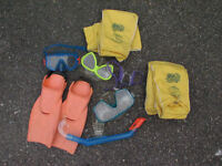 Swimmng Masks and floaties