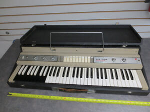 Vintage late 1960's Ace Tone / Top 8 / Electric Keyboard