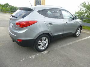 Magnifique Hyundai Tucson VUS comme neuf