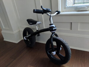 Joovy balance bike with brakes new