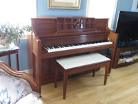 Samic piano for sale