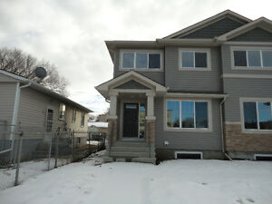 Brand New, 1,470 sq ft, 2 storey half duplex