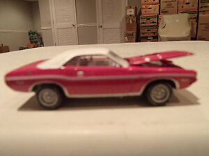 Loose Panther Pink 1970 '70 DODGE CHALLENGER R/T by JOHNNY LIGHT Sarnia Sarnia Area image 1