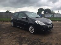 2011 Renault Clio I music mot till may 2017 47,000 miles with service history
