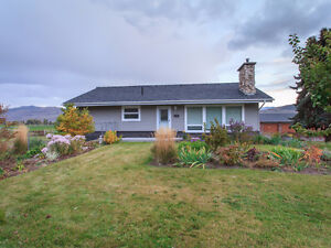 Beautiful House on Large Lot with 4 Bay Garage-MUST SEE!!!
