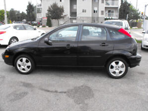 2007 FOCUS SES HATCHBACK LOADED  SUNROOF  ONLY 170,000 KMS  AUTO