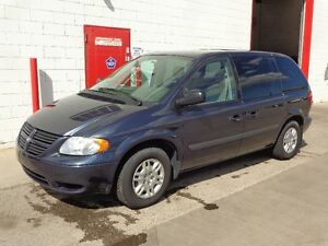 2007 Dodge Caravan ~ Scooter & lift INCLUDED ~ 55000km~ $9999