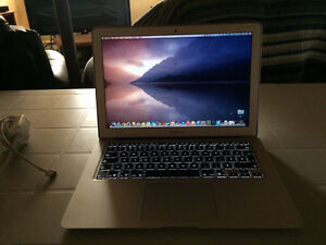 MacBook Air 2014 13 inches 800$