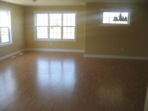 West Royalty 3 Bdrm Duplex - 1 Level - Available Now - $1,233/mo