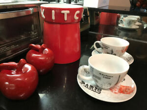 Red Kitchen Decor - great condition! $30