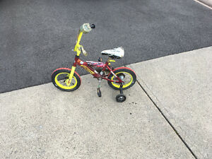 Hotwheels kids bike with training wheels