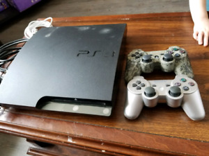 Ps3 2 controllers and 18 games
