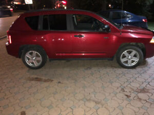 2009 Jeep Compass SUV/Crossover with Low Kms