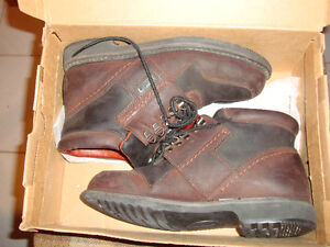 100% leather - made in USA - boots - size 7-7.5 - excellent cond