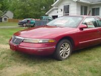 1995 Lincoln Mark Series red Coupe (2 door)