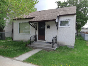 Cute 2 Bedroom Bungalow, quiet location close to all necessities