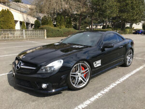 MERCEDES BENZ SL63 AMG - 40 000KM PERFORMANCE PACKAGE!