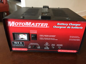 Battery Charger / Trickle Charger 10/2 amp
