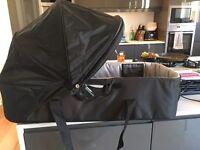 City mini carry cot