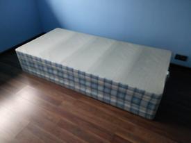 Divan base bed