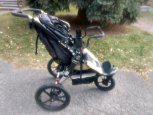 Poussette Baby Jogger Summit Stroller (avec adapteur)