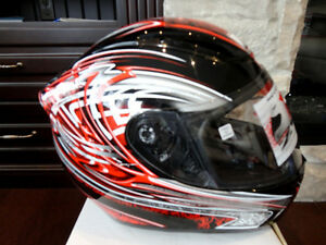 Zoan Revenge Helmet Size XS Red w/4 Visors Included!! Brand New