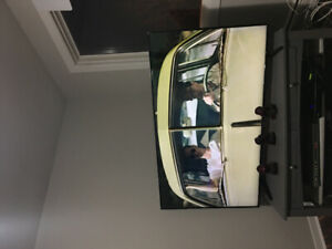 65 inch Samsung tv only 3 month old
