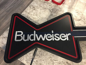 Budweiser bar light