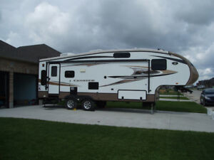 2013 Crossroads Cruiser Fifth Wheel Trailer