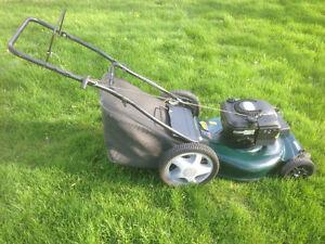 """Craftsman 22"""" Mulch / Bag Lawnmower"""