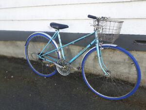 Old Vintage Ladies Nishiki Road/Commuter bike(tuned up/basket)