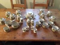 26 piece crockery set
