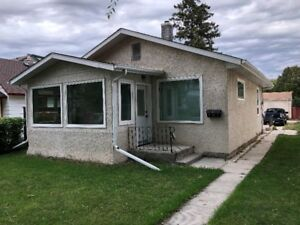 2 BR Bedroom Bungalow West Kildonan (Scotia-side)