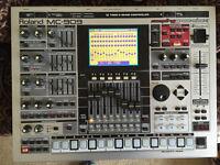 ROLAND MC-909 Groovebox superb