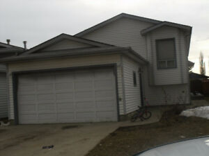 Large 5-bedroom bi-level house in Millwood with 2 Separate suits