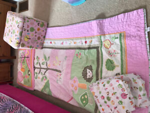Owl & Friends bedding and matching ottoman