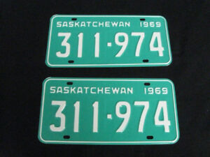 **Classic Car or Truck ?   Vintage LICENSE PLATES **