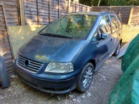 Volkswagen Sharan1.9tdi breaking spares automatic