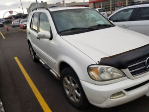 Mercedes-Benz ML320.SUV, runs great.fully loaded. Etested $2900