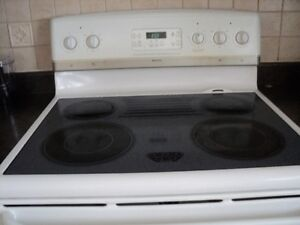 electric range, price reduced by half from last week