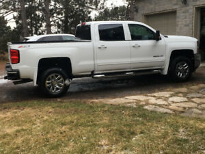 2016 Chev Silverado 2500HD LT Z71 much more than a work truck!