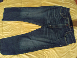 Jeans Levis neuf 38/30