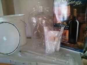 NEW in box Complete Starter Kit with clear Plastic Carboy Kitchener / Waterloo Kitchener Area image 2