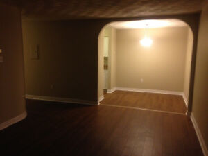 UPDATED 2 bedroom, ht/hw included cat friendly!
