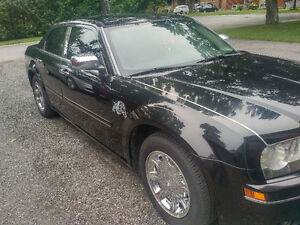 2005 Chrysler 300 Limited Edition