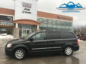 2013 Chrysler Town  Country Touring  ACCIDENT FREE, STOW N GO, B