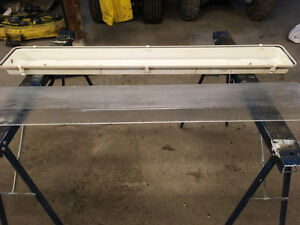 4ft double florescent  light two piece dust cover Stratford Kitchener Area image 4
